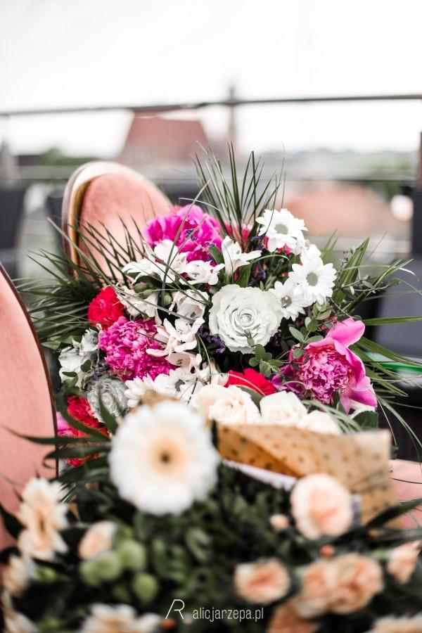 E+P bukiet kwiatów / Alicja Rzepa / fotografia ślubna